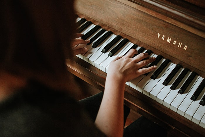 Are pianos the best instrument to learn?